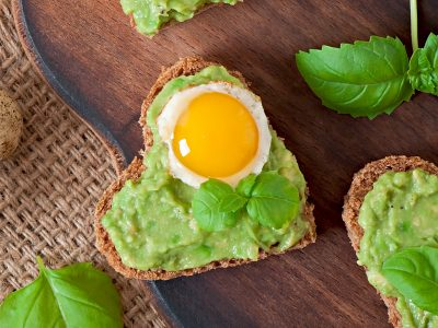 heart shaped avocado toast with egg, eat right with Rouses