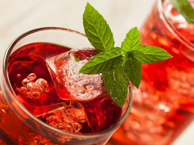 herbal iced tea cooler red zinger