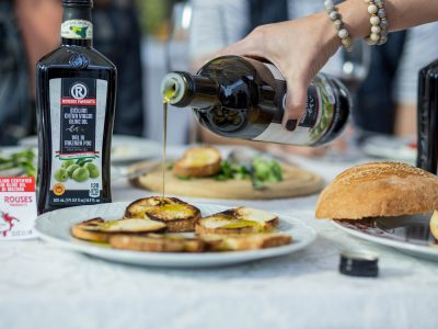 Rouses Italian olive oil from Sicily with fruit