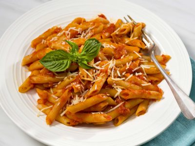 penne pasta with spicy arrabiata sauce